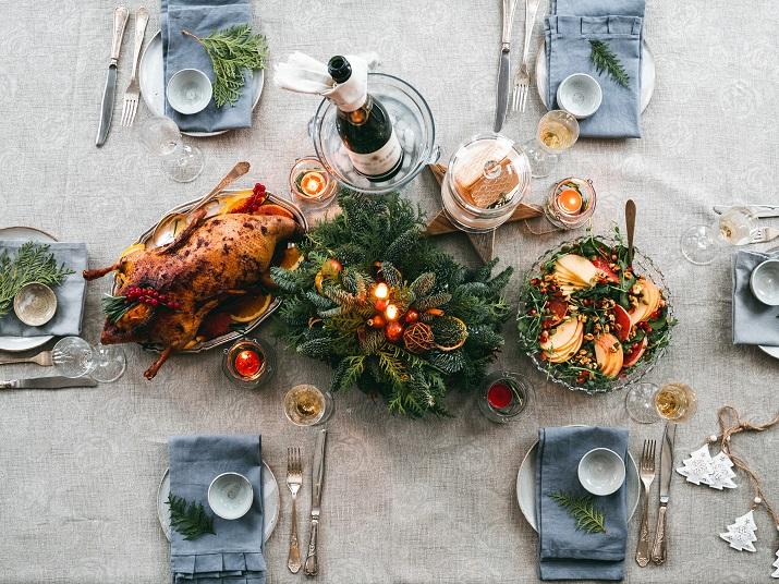 Jak wybrać obrus na stół do jadalni?