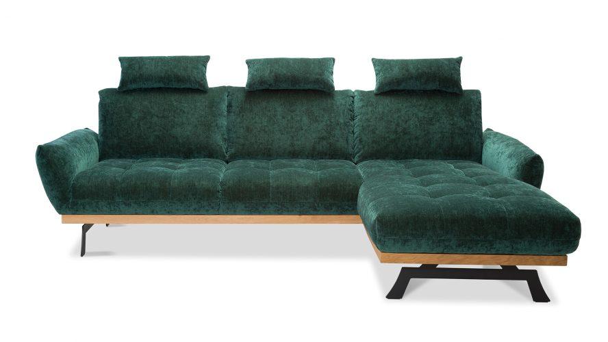 Luksusowy tropical glamour z nutą surowego stylu loftowego – pełna kontrastów elegancka aranżacja salonu