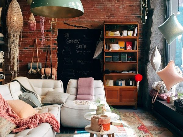 Wnętrze w stylu kolonialnym – jakie meble wybrać?