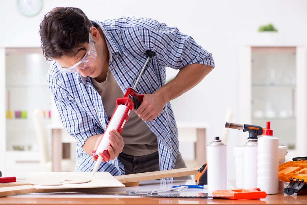 Zastosowanie profesjonalnych klejów w budownictwie