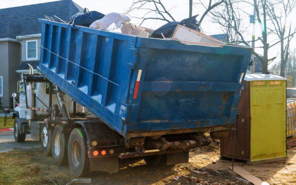 Wywóz odpadów i gruzu z miejsca budowy